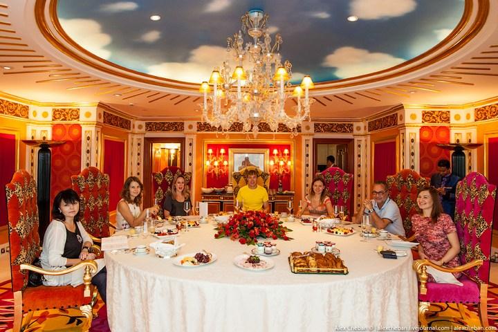 Самый дорогой гостиничный номер в семизвездочном отеле Burj Al Arab (10)