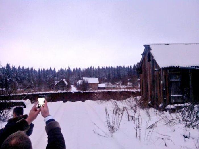 Провал грунта в Соликамске (5)