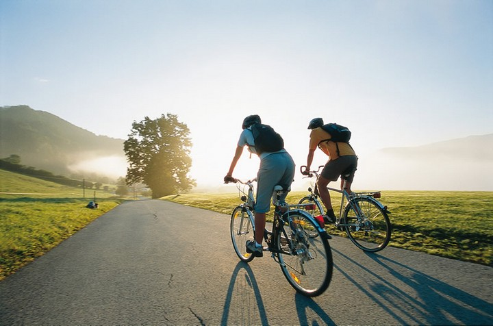 Готовь сани летом а велосипед зимой