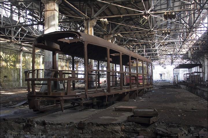 Заброшенный Киевский завод Электротранспорта (6)