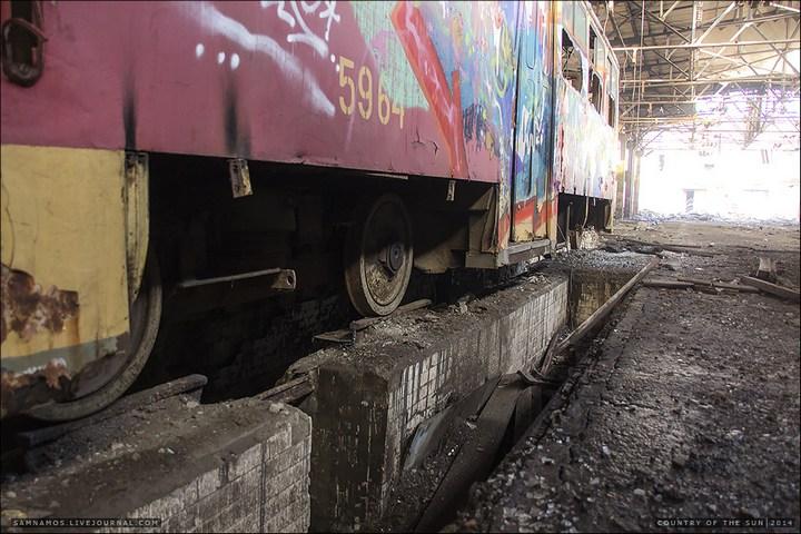 Заброшенный Киевский завод Электротранспорта (7)