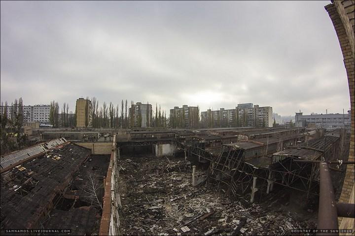 Заброшенный Киевский завод Электротранспорта (16)
