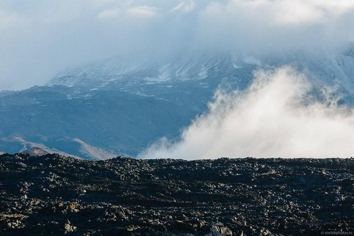 Лавовый поток вулкана Толбачик, гора Камень и Ключевская сопка (20)
