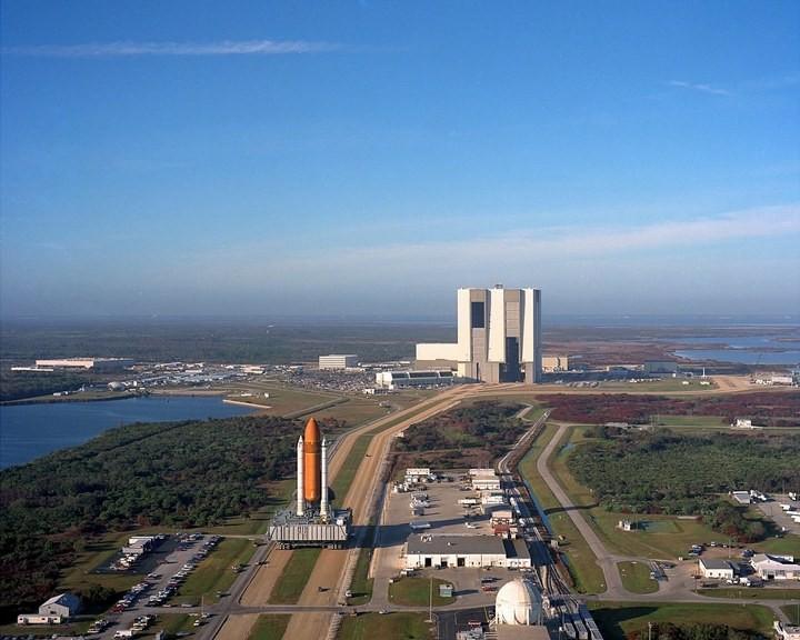 Самое большое одноэтажное здание в мире NASA Vehicle Assembly Building (22)