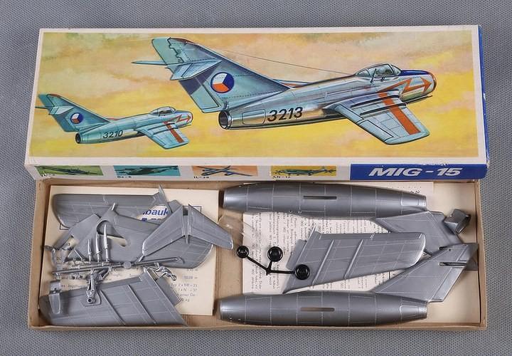 ГэДээРовские сборные модели самолётов (22)