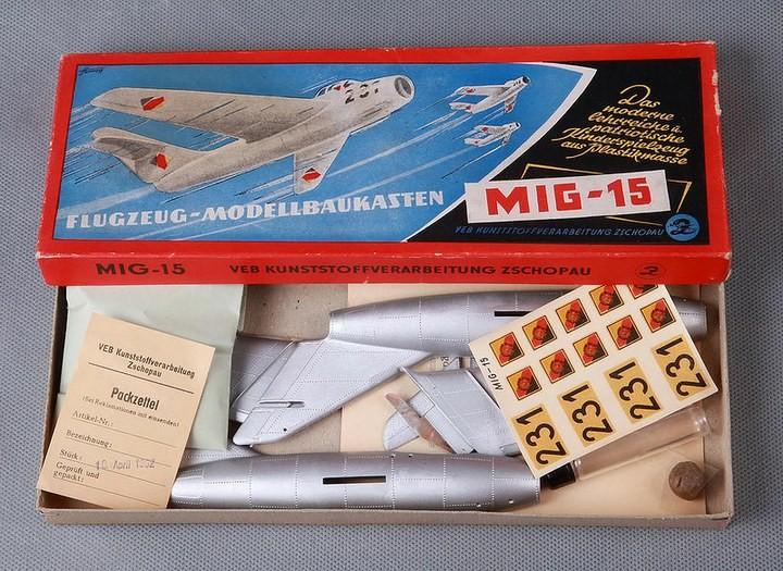 ГэДээРовские сборные модели самолётов (23)