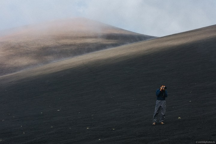 Лавовый поток вулкана Толбачик, гора Камень и Ключевская сопка (25)
