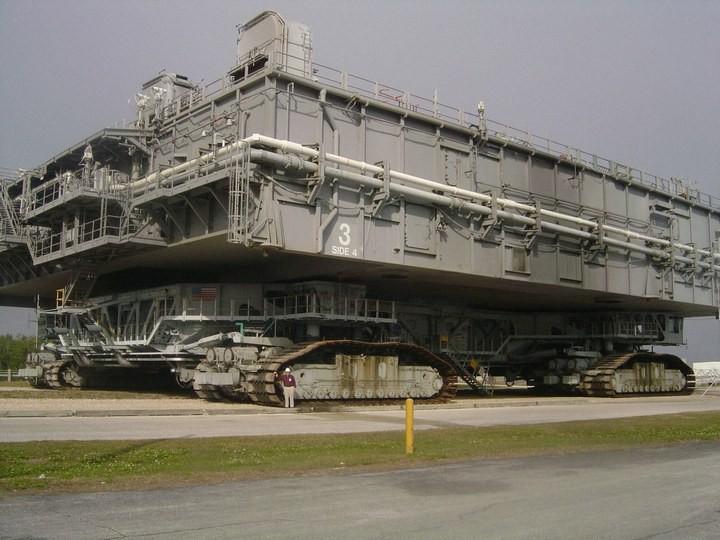 Самое большое одноэтажное здание в мире NASA Vehicle Assembly Building (29)