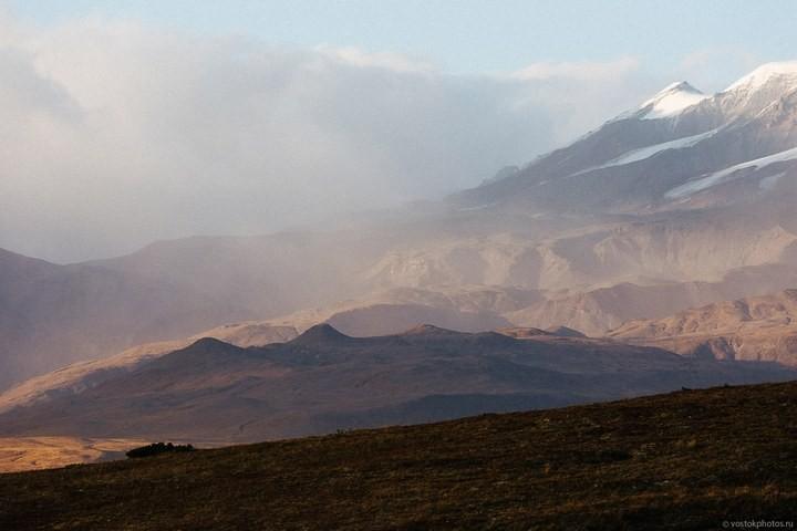 Лавовый поток вулкана Толбачик, гора Камень и Ключевская сопка (33)