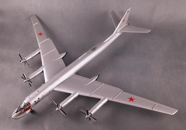 ГэДээРовские сборные модели самолётов (48)