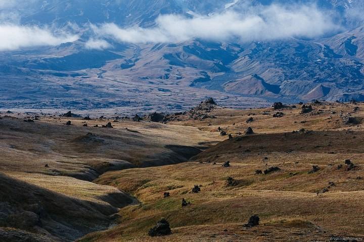 Лавовый поток вулкана Толбачик, гора Камень и Ключевская сопка (60)
