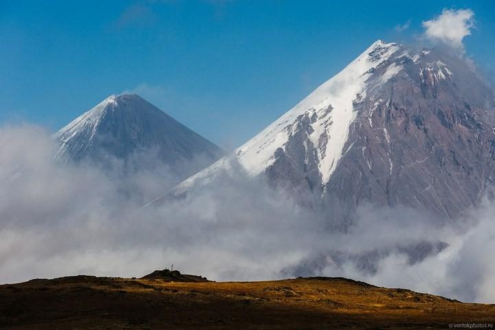 Лавовый поток вулкана Толбачик, гора Камень и Ключевская сопка (67)