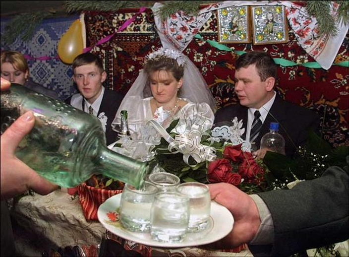 Нерусский поёт про свадьбу