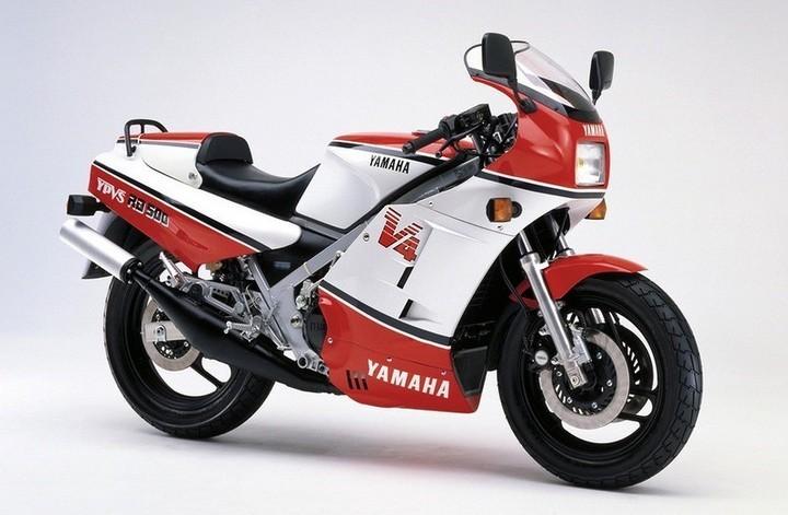 Новый спортбайк Yamaha RZ500N 1985-го года в заводской упаковке (12)