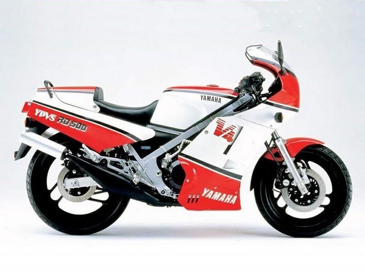 Новый спортбайк Yamaha RZ500N 1985-го года в заводской упаковке (13)