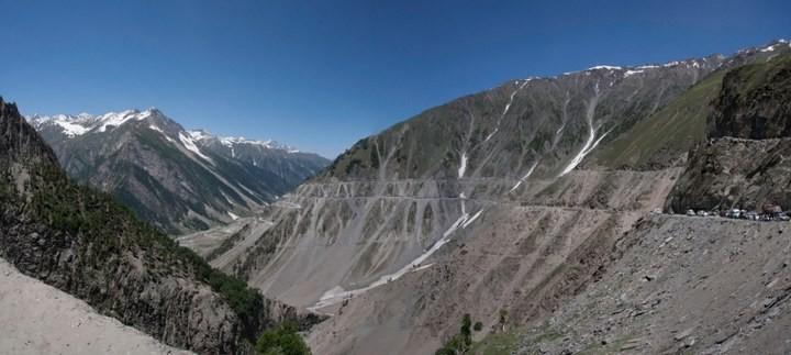 Опасная дорога в Индии (5)