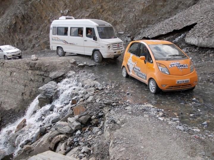 Опасная дорога в Индии (10)