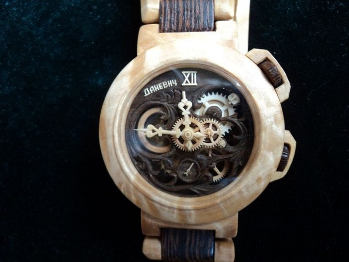 Деревянные часы Валерия Даневича (3)