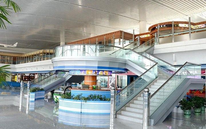 Ким Чен Ын на открытии нового терминала в аэропорту в Пхеньяне (11)