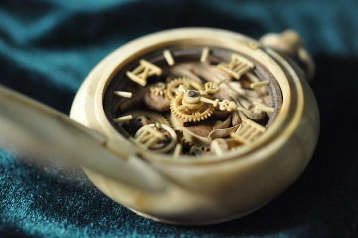 Деревянные часы Валерия Даневича (11)