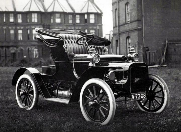 Первые автомобили в истории крупнейших современных брендов (8)