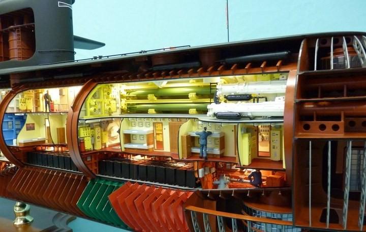 """Модель атомной подводной лодки 667-А """"Навага"""" в масштабе 1:50 (15)"""