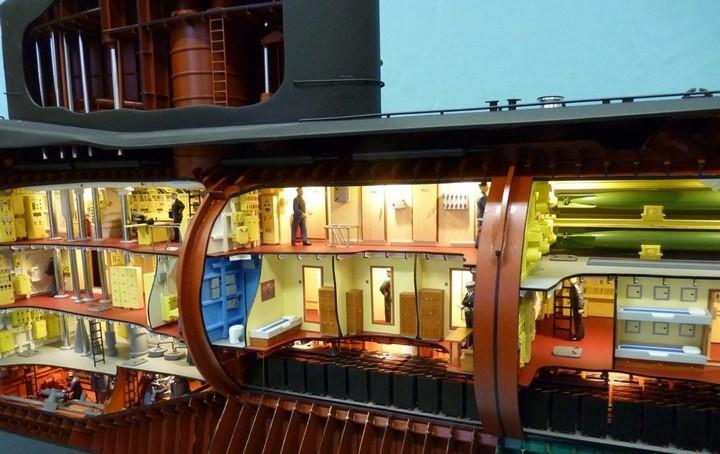 """Модель атомной подводной лодки 667-А """"Навага"""" в масштабе 1:50 (16)"""