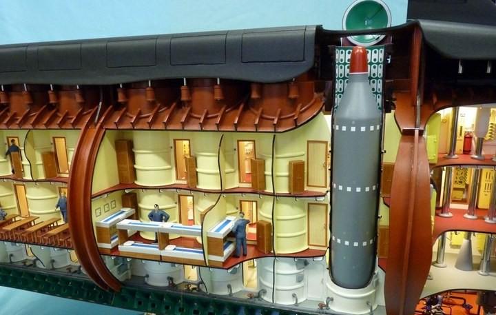 """Модель атомной подводной лодки 667-А """"Навага"""" в масштабе 1:50 (18)"""