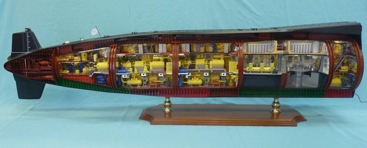 """Модель атомной подводной лодки 667-А """"Навага"""" в масштабе 1:50 (26)"""