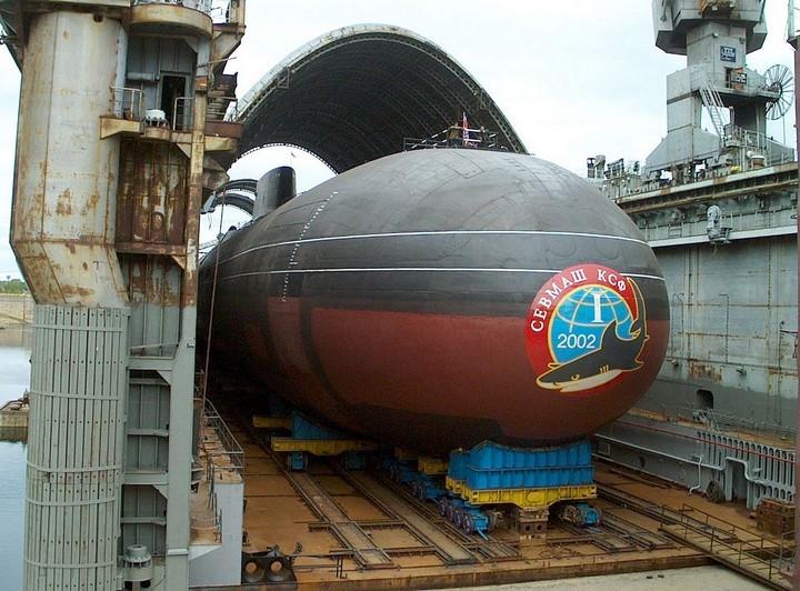 «Акула» — cамая большая подводная лодка в мире (13)