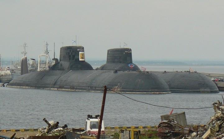«Акула» — cамая большая подводная лодка в мире (3)