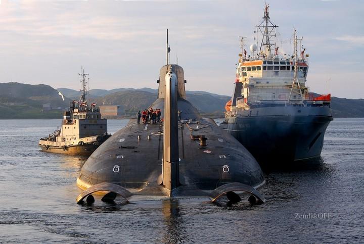 «Акула» — cамая большая подводная лодка в мире (5)