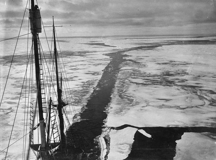 «Эндьюранс», или История выживания 28 человек среди льдов Антарктики (4)