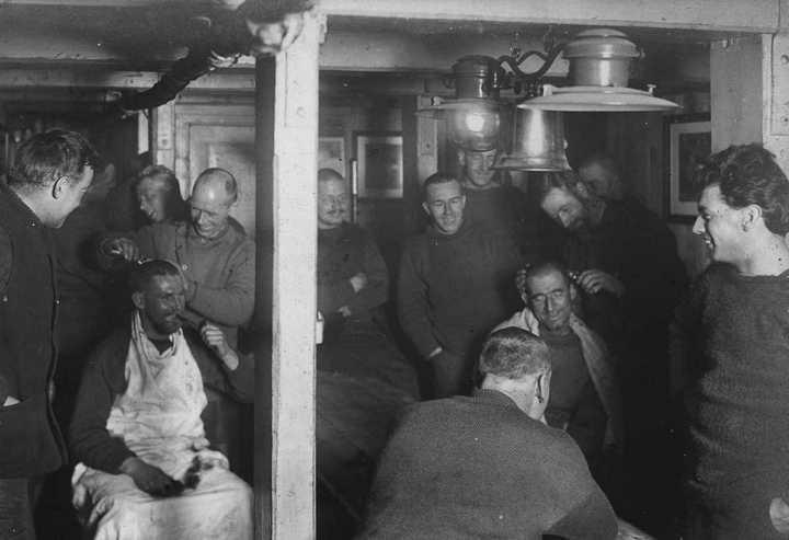 «Эндьюранс», или История выживания 28 человек среди льдов Антарктики (22)