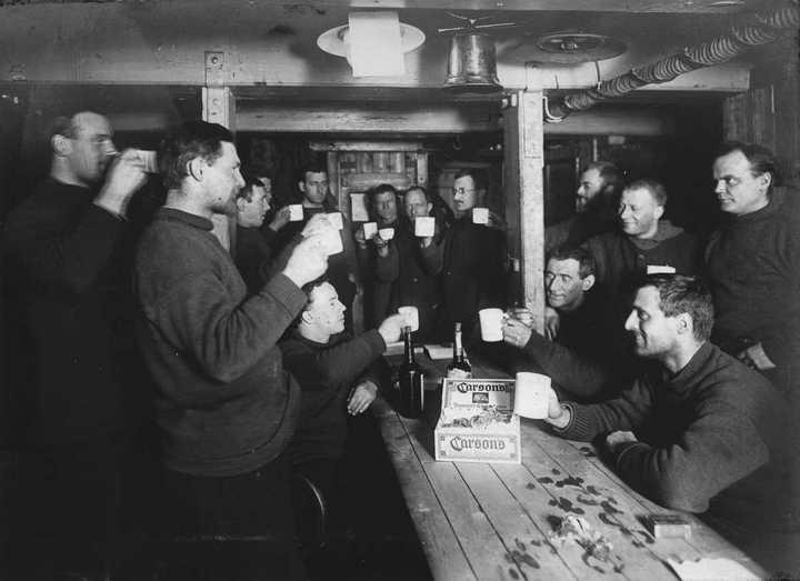 «Эндьюранс», или История выживания 28 человек среди льдов Антарктики (29)