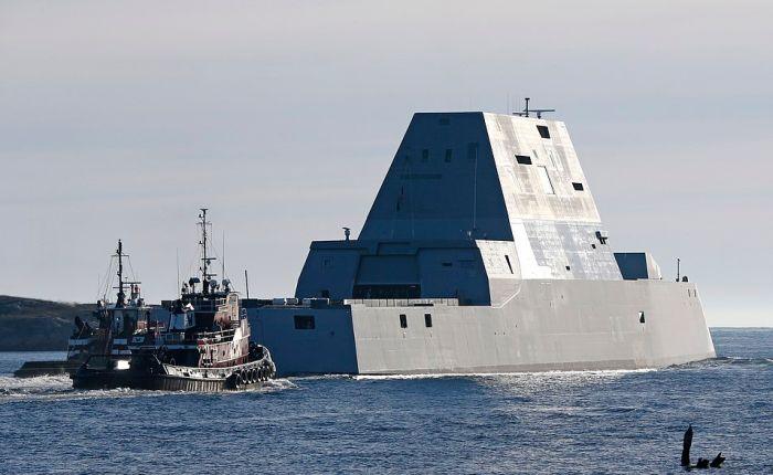 В США сошел на воду самый большой эсминец Zumwalt (1)