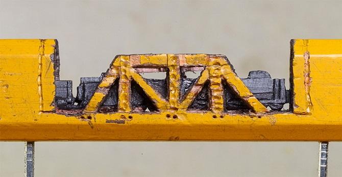 Миниатюра. Поезд из карандаша (4)