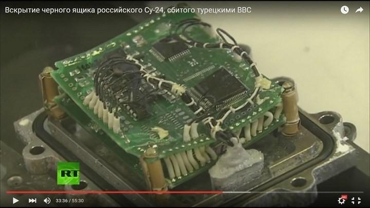 Вскрытие чёрного ящика с самолёта СУ-24М. Cтыдно за отечественную электронику! Опозорились на весь мир (11)