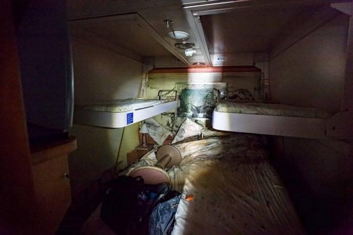 Лайнер Costa Concordia после крушения (6)