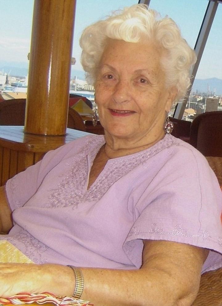 Пенсионерка 8 лет живет на круизном лайнере (5)