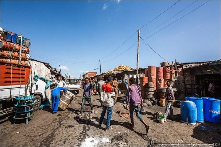 Африканский рынок отбросов (3)
