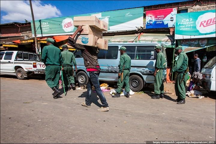 Африканский рынок отбросов (5)