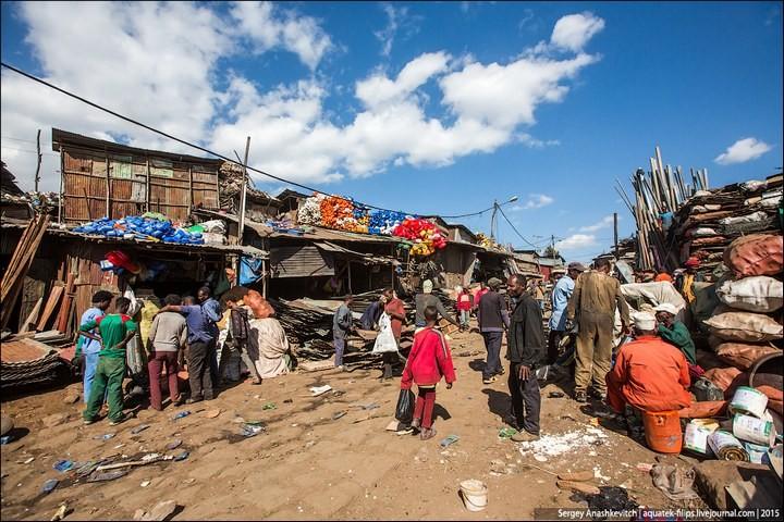 Африканский рынок отбросов (19)