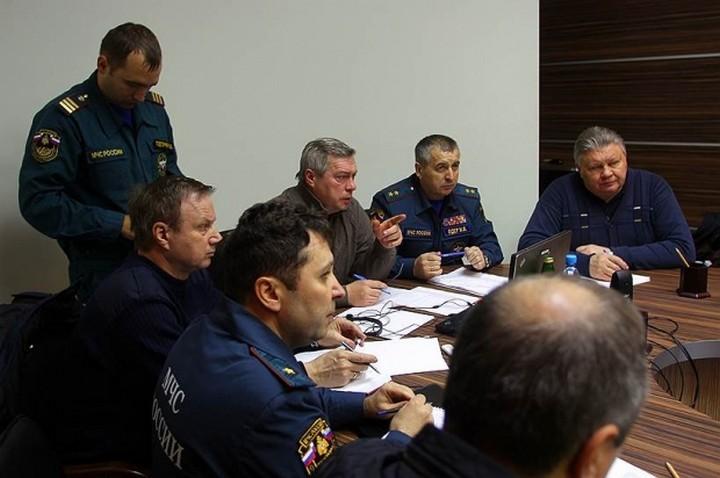 Фотографии с места крушения Boeing 737 в Ростове-на-Дону (9)