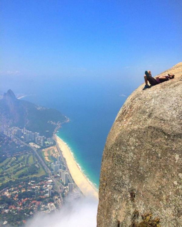 Скала Педра-да-Гавеа в Рио-де-Жанейро (1)