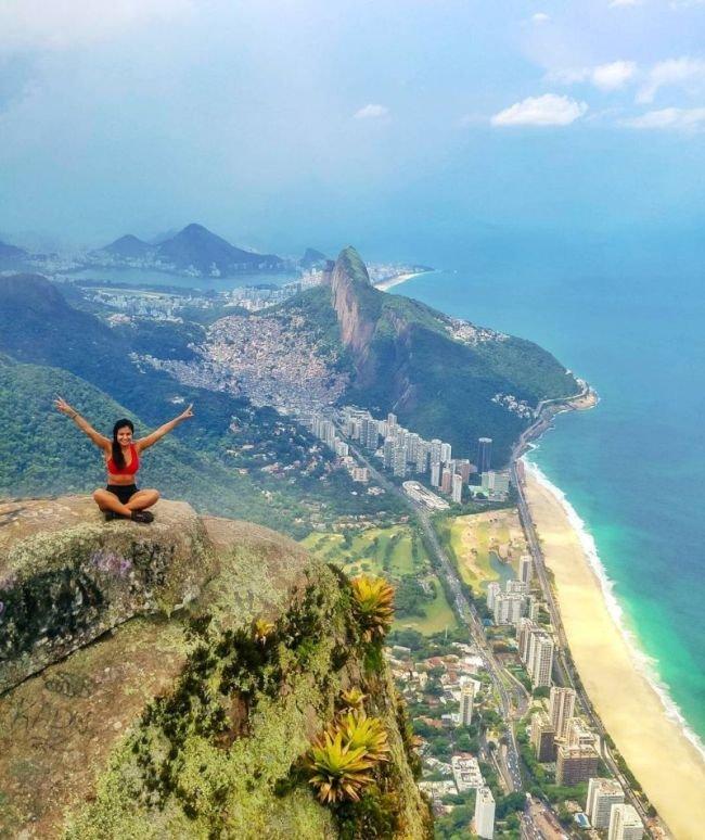 Скала Педра-да-Гавеа в Рио-де-Жанейро (6)