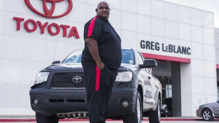 Американец проехал миллион миль на Toyota и получил за это новый автомобиль (1)