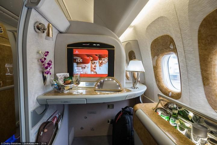 Как выглядит перелет за 300 тысяч рублей (5)