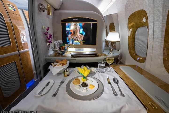 Как выглядит перелет за 300 тысяч рублей (19)