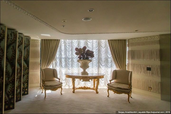 Полмиллиона рублей за номер в отеле (2)